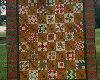 Mistletoe and Holly Christmas Quilt