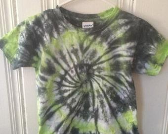 4T Green/Black tshirt