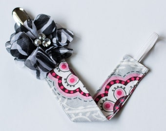 Pink and Black Pacifier Clip-Baby Girl Pacifier Clip, Flower Pacifier Clip, Pacifier Clip, Baby Girl Pacifier Holder