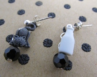 Cat Stud Earrings/925 Sterling Silver Earring/Nebula Glass Bead/Cat Grey/Milk Bottle White