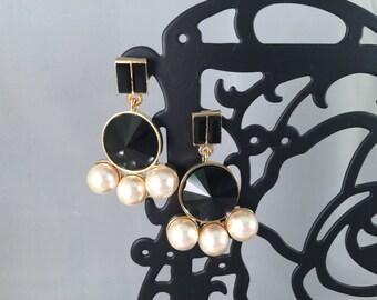 Gothic Pearl Vintage black stone chandelier earrings