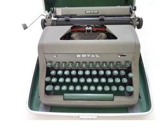 Vintage Royal Quiet De Luxe Gray Portable Manual Typewriter 1954 Case, Working