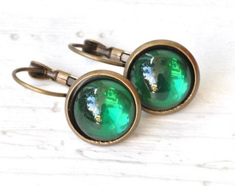 Green bronze earrings with cabochon