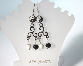 Earrings Yin Yang Triskele black and white, Tao Triskell Triskele, beads, jewelry, Zen Ying Yang, gift for her, Zen Gift for women
