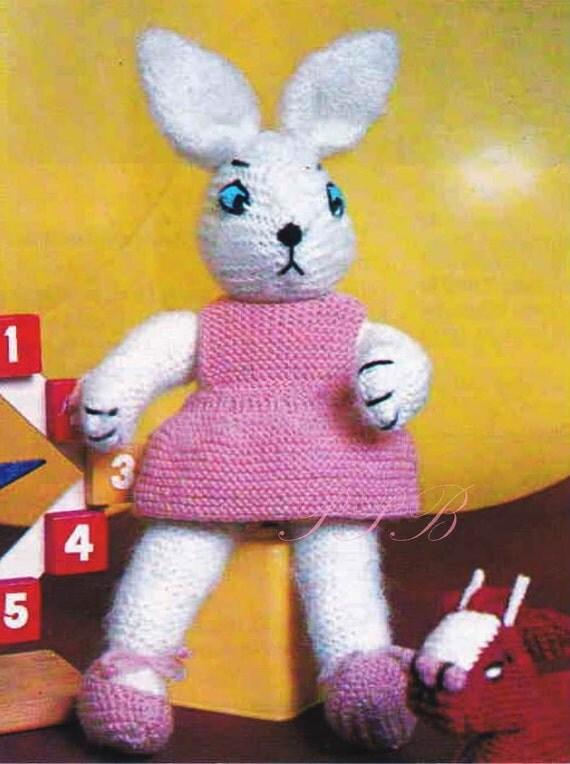 Knitting Patterns Rabbit Soft Toy : Bunny rabbit knitting pattern soft toy pdf