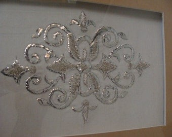 Tray embroidered with silver thread