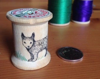Fox thread spool