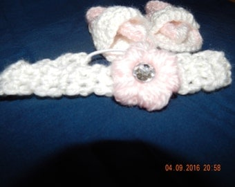 White and pink infant flip flops and matching headband