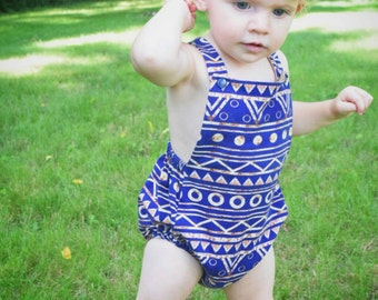 Sparkle Summer Romper // baby gifts // baby shower gifts // kids clothes // kids summer clothes