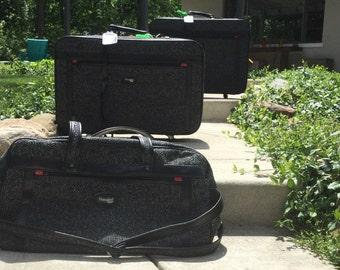 Set of 3 Tweed Vintage Hampshire Suitcases - with Wheels!