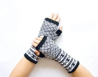 Knit Fingerless Gloves, Cozy Hand Warmers, Black&White Fingerless Mitts