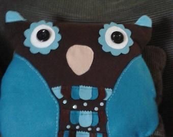 Owl cushion/pillow