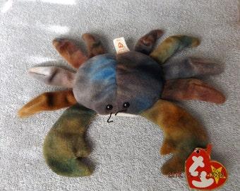 Claude the crab pe pellets