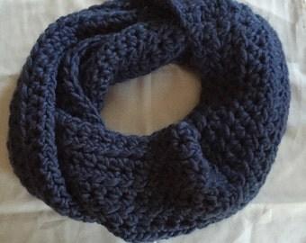 Chunky Infinity Scarf // Knit // Cobalt Blue