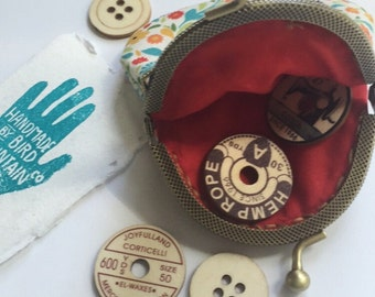 Small Red Floral Coin Snap Purse