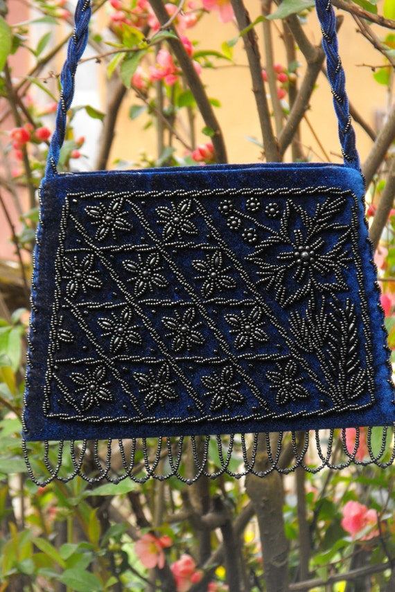 Flowered Velvet Purse beaded zipper reticule crossbody purse embroided womans shoulder purse wristlets evening bag mothers day from daughter
