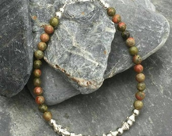 Agate and sterling silver bead bracelet