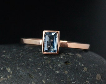 Emerald Cut Rose Gold Aquamarine Ring - Blue Aquamarine - Santa Marie Blue