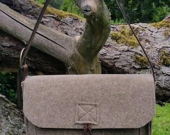 Wool felt bag