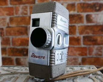 REVERE Eight Model Fifty Vintage Movie Camera 1950s