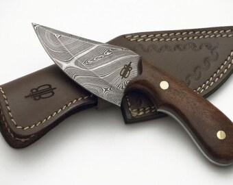 Custom Handmade Damascus Fixed Blade Skinner Hunting Knife (Walnut Wood handle)