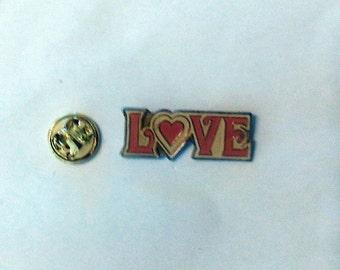 "Vintage ""LOVE"" hat / lapel pin"