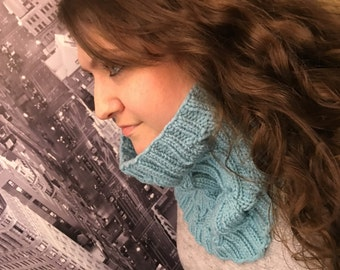 Turquoise Knitted Cable Cowl