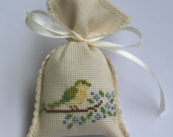 Lavender Scented Sachets, Scented Bags, Bird Motif Favors Sachets, Cross Stitch Favor Sachet, Cross Stitched Scented Sachets