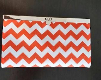 Auburn Chevron Diva Wallet