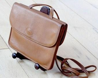 Vintage Longchamps honey brown clutch / cross-body bag with detachable strap