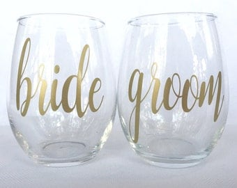 Bride and Groom Wine Glasses - Bride and Groom Glasses - Bride and Groom Gift - Wedding Shower Gift - Bride to Be Gift - Engagement Party Gi