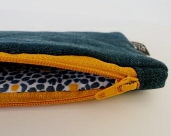 Case with dark blue linen