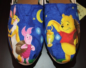 Lantern Winnie the Pooh Hand-Painted TOMS Canvas Shoes