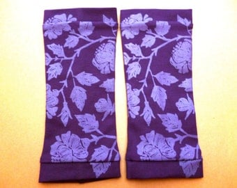 Summer gloves with screen printing, dark purple / lavender printed