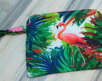 Exotic pink flamingos pouch