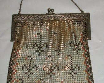 Vintage Whiting and Davis Enamel Mesh Bag