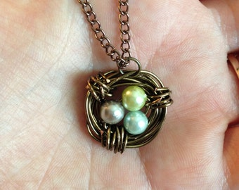 Customizable Bird's Nest Necklace