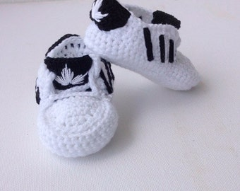 Adidas booties crochet