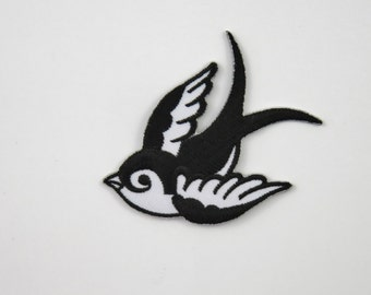 Swallow (Black, Right) Iron On/ Sew On Embroidered Cloth Patch Badge Appliqué hot fix stitch bird UK SELLER Size: 7cm x 6.1cm