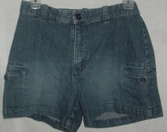 90's Lee blue jeans shorts size 8