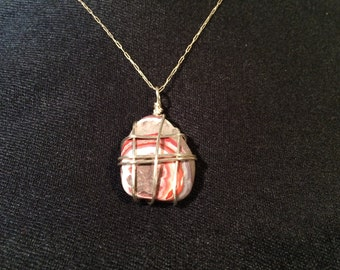 Wire wrapped Laguna Agate necklace (free shipping)