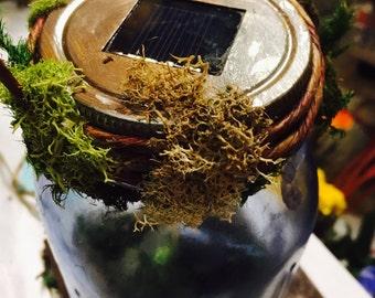 Custom solar mason jar in blue