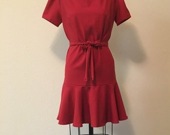 1960s /shift dress/ peplum  bottom//with sleeves/removable tie