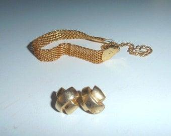 Vintage bracelet and earrings 80s women jewelry goldtone chain chunky chain bijou costume jewelries european fashion gold armlet wristlet