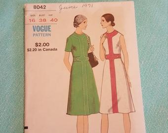 Vintage Vogue#8042 SIZE 16 UNCUT
