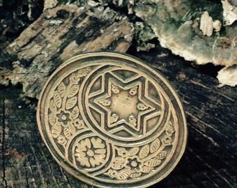 Vintage gold bohemian ring