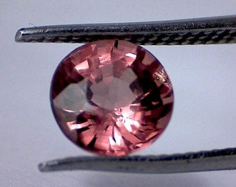 1.05Ct Pinkish Brown - Grabbing Color - Malaya Garnet MA01