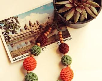 "Knitting Necklace ""Cambodia"""