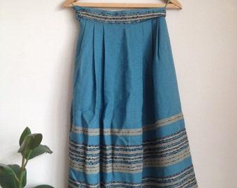 1950s Embroidered Pleated Skirt Mid-Calf Vintage Sz UK6-8