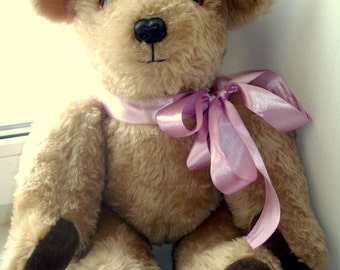 A very cute vintage teddy bear from Australia 1970s